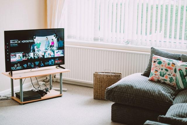 Jaki uchwyt do telewizora?